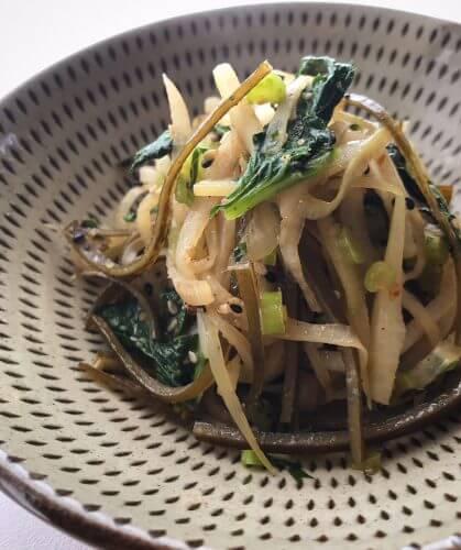【始末料理(1)】大根の皮と葉、出汁がらの羅臼昆布で作る始末料理